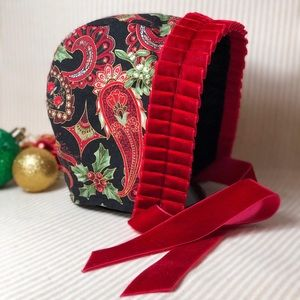 Other - Gorgeous Custom Christmas Bonnet. Never Worn. 6-9M